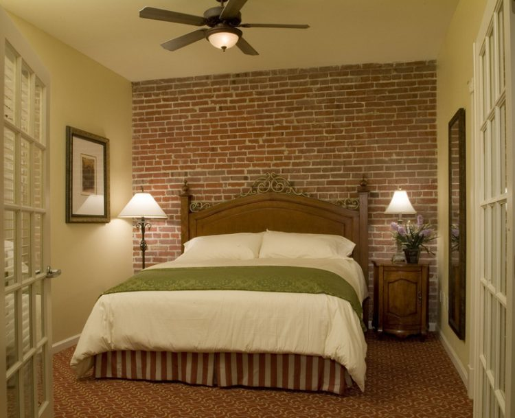 Brick wall interior design 15 character ideas and palettes for Brick accent wall bedroom