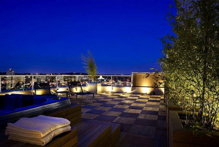 Ground Fixtures In Modern Rooftop Patio