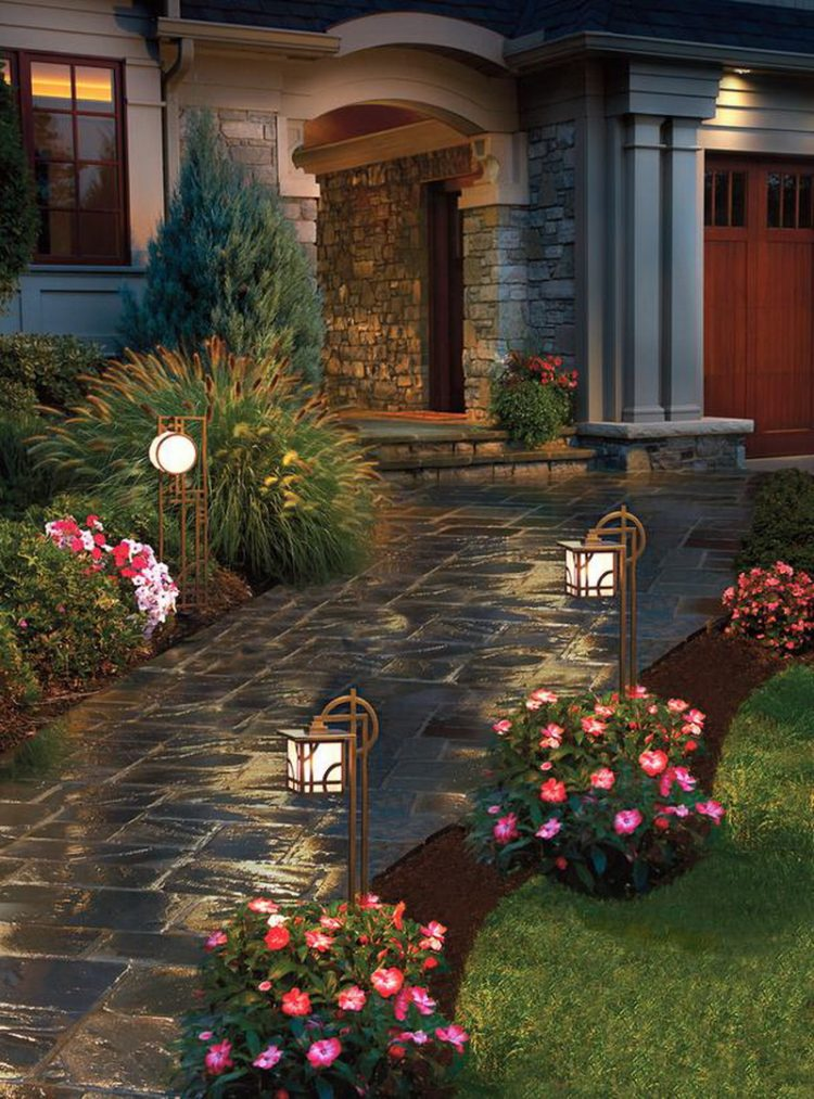 Pathway Iron Standing Lighting For Front Yard
