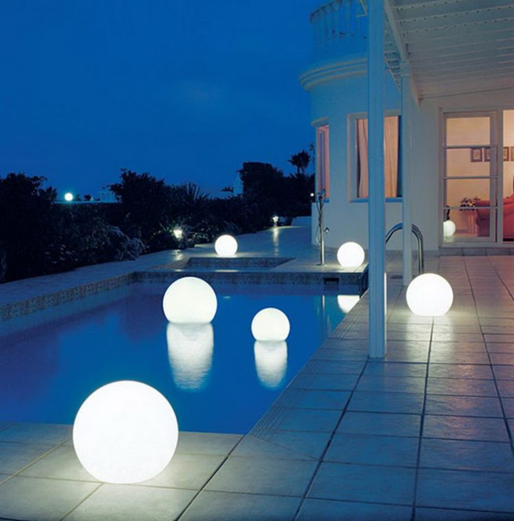 Romantic Round Floating Lighting Shades For Swimming Pool